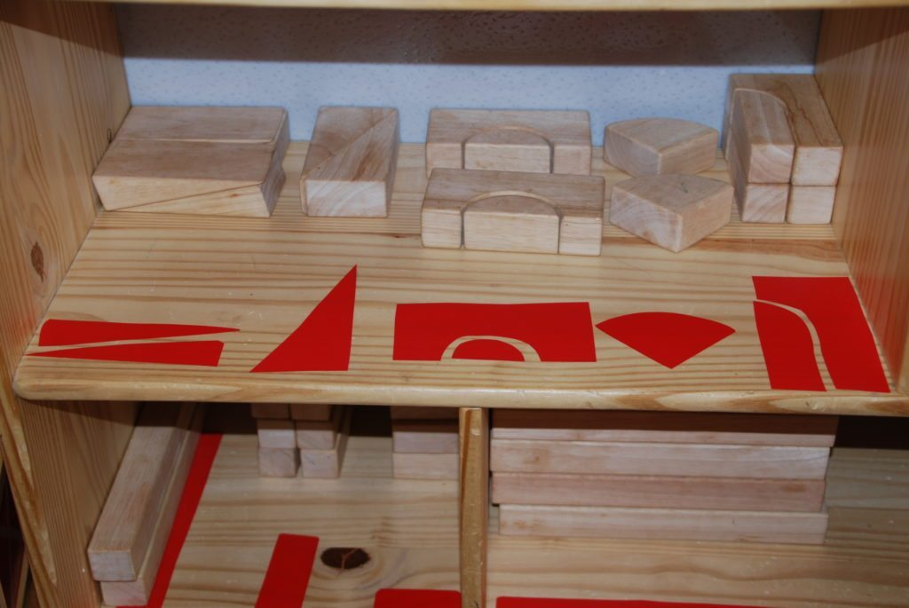 Introduction to Block Building with Children: how to store blocks