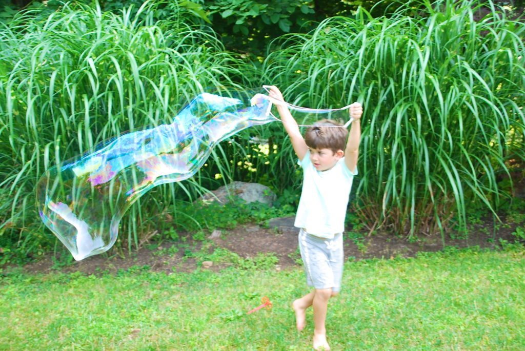 Giant Bubbles Recipe for Kids
