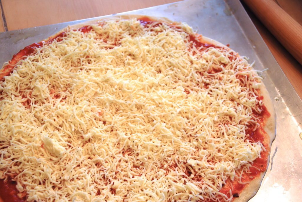 Best Easy Homemade Pizza Recipe