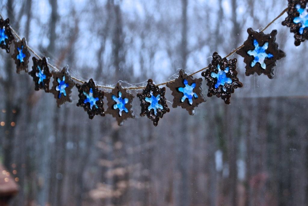 Snowflake Suncatcher Garland